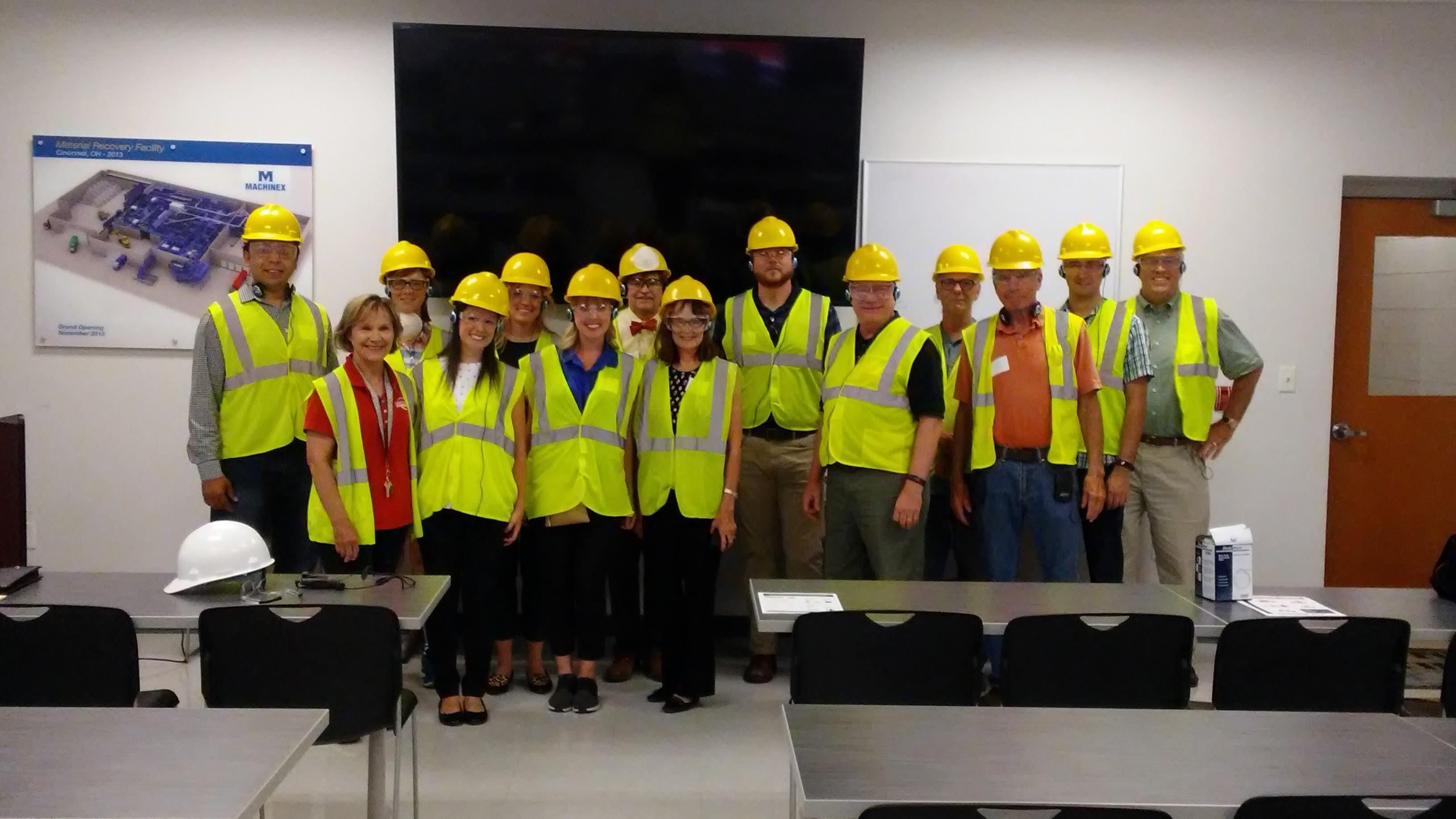 USGBC Ohio tours the Rumpke recycling facility.