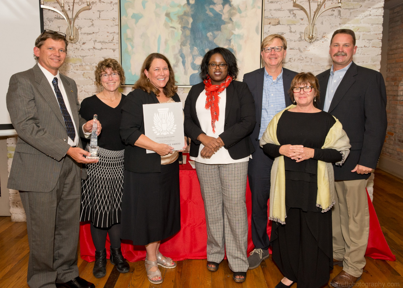 Recipients of the sustainability award for the Marine Education Center